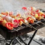 Outdoor-Grillen: Der passende Grill und die leckersten Rezepte