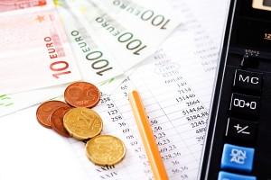 Empfehlung: Beim Vergleich der Sparzinsen auch Angebote für Online-Sparen beachten!